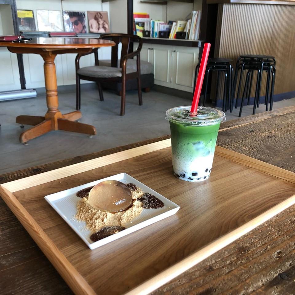 抹茶オレタピオカ+しずく餅セット 700円(税込)