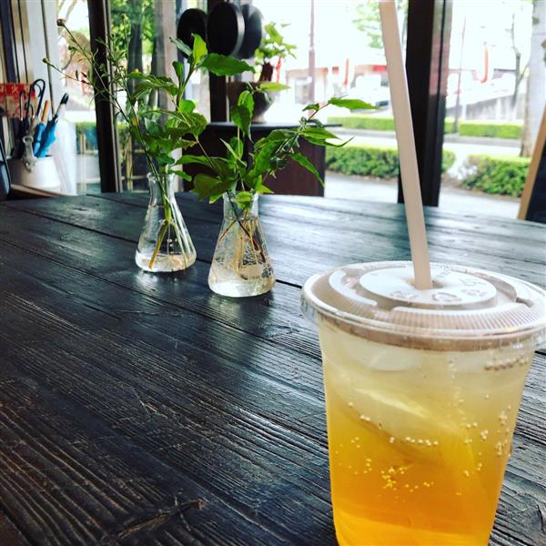 和紅茶ソーダ    400円(税込)