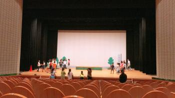初の大ホール!