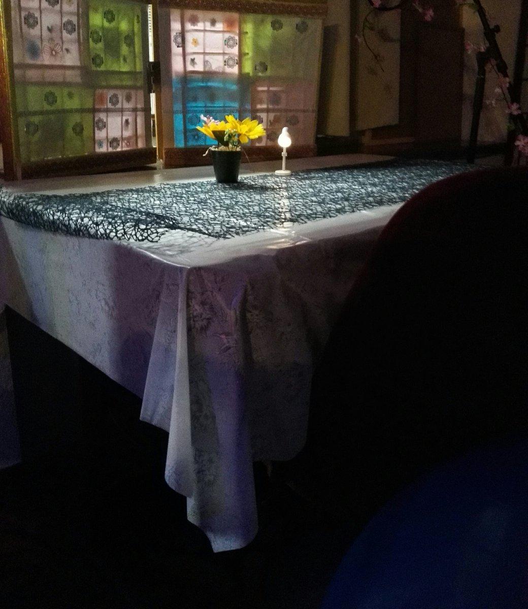 テーブル席2