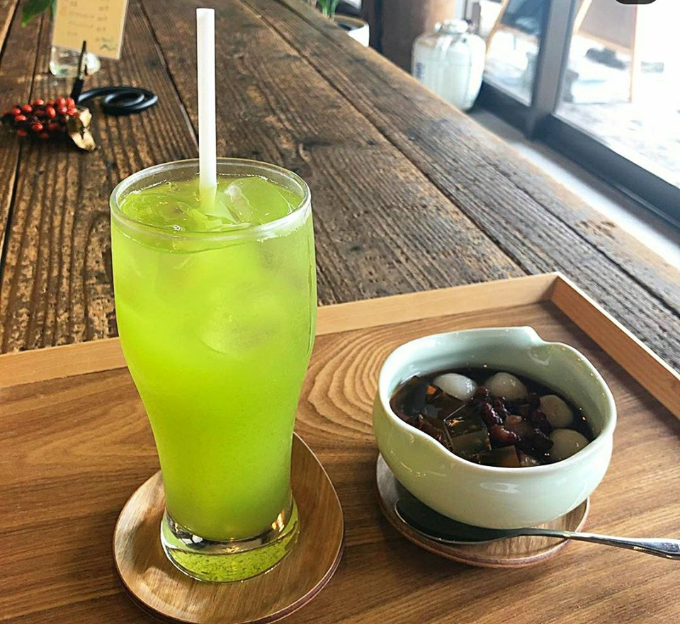 水出し緑茶+ぜんざいセット 800円(税込)